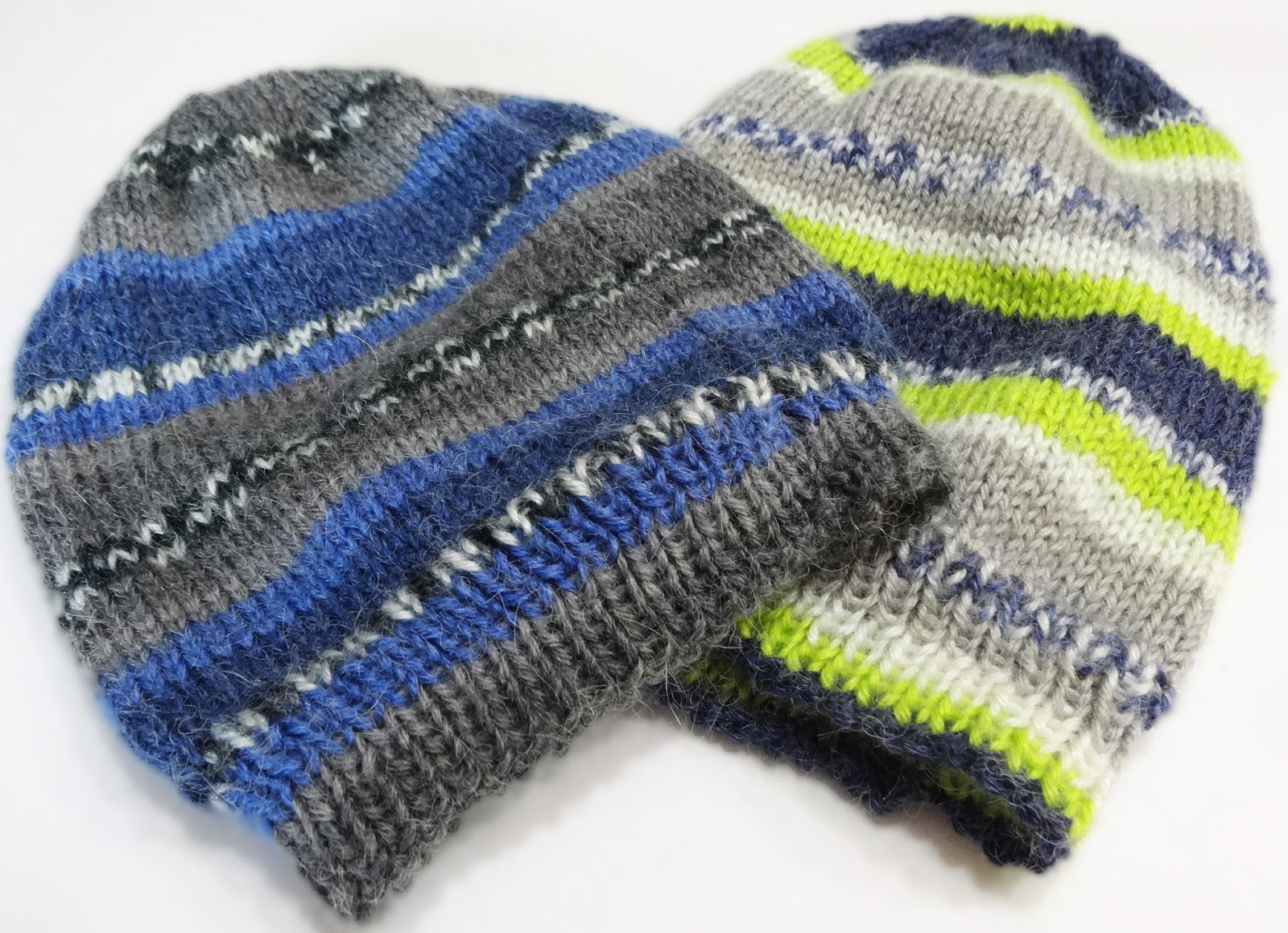 Knitting Up A Storm: 2-at-a-time fair isle gift hats