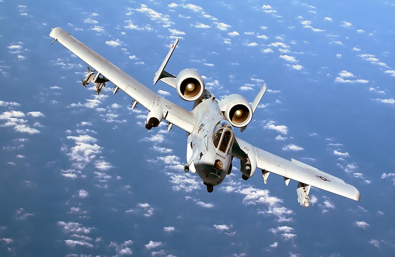 http://1.bp.blogspot.com/-vPYNX5vHuz4/TamTgk82j8I/AAAAAAAAFqI/rmKmAFklxfw/s1600/A-10+Thunderbolt+II+by+asian+defence+%25283%2529.jpg