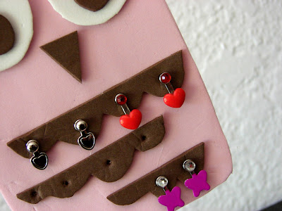 Make an Earring Tree for Your Dolls