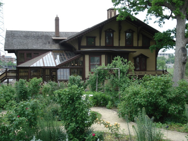 Tinker Swiss Cottage Rockford
