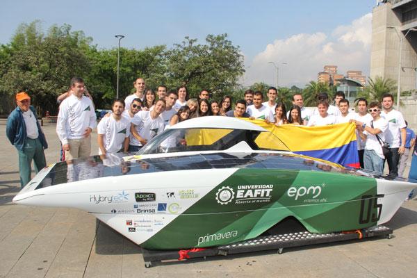 colombianos-desarrollaron-auto-solar