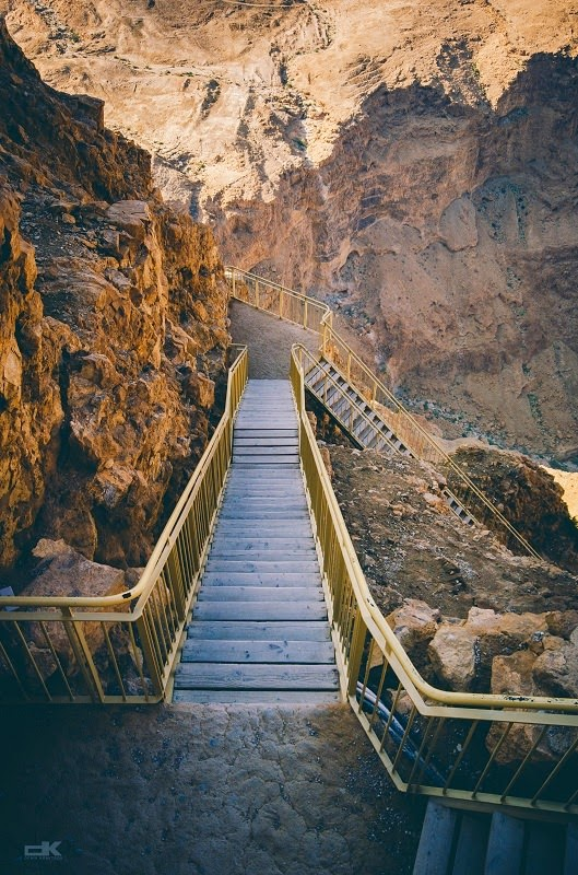 Denis-Kravtsov-Masada-Israel-photography-vescofilm-long-way