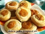 Marhuľové kolieska s pudingom - recept