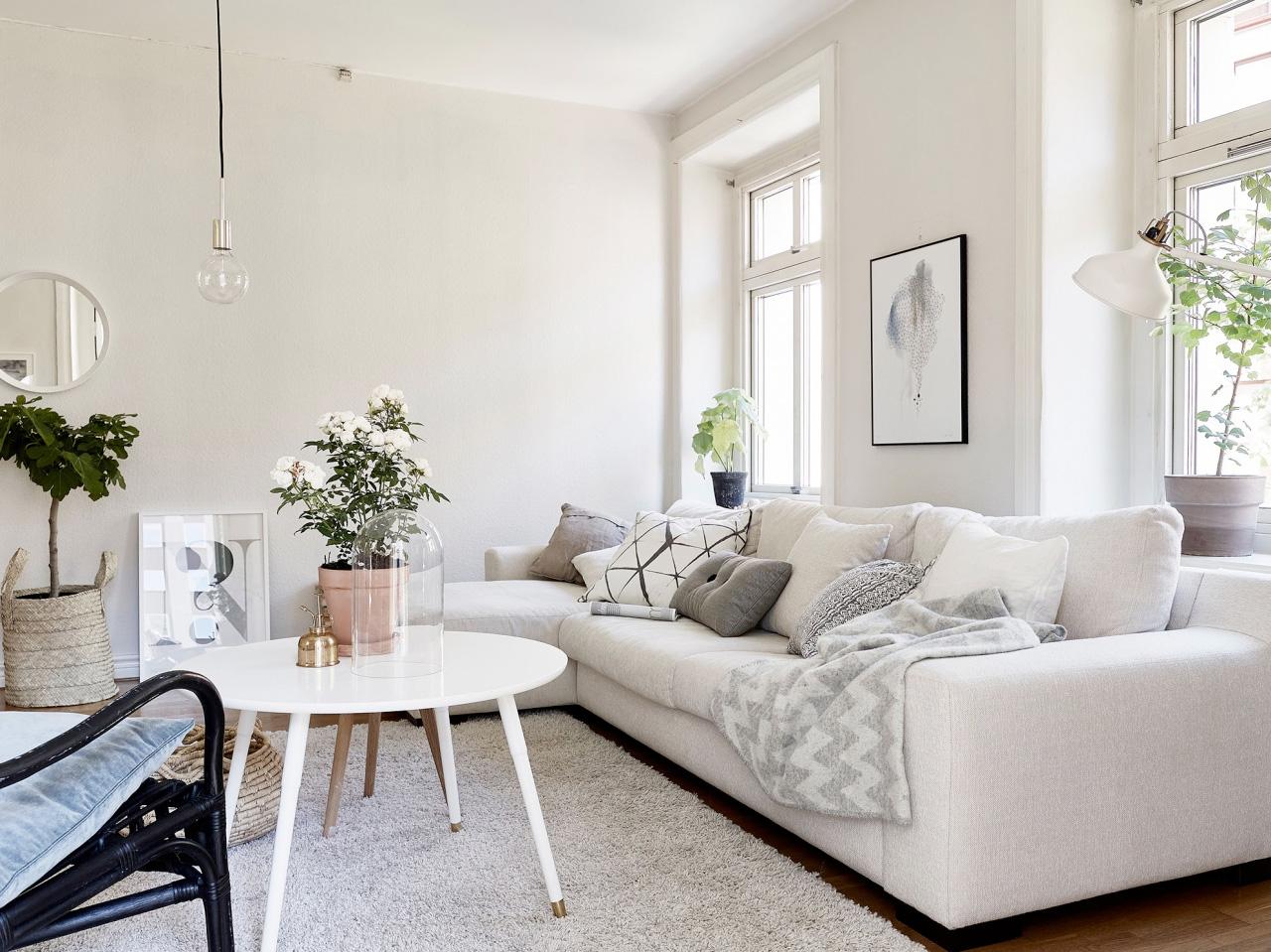 Houten plafond hellend gehoor geven aan uw huis - Decoratie woonkamer plafond ...