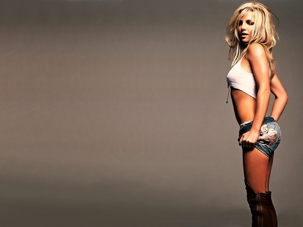 Female Celebrity Smoking List - Spears
