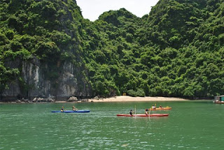 Enjoying Lan Ha  island - exploring Ha Long Bay 1