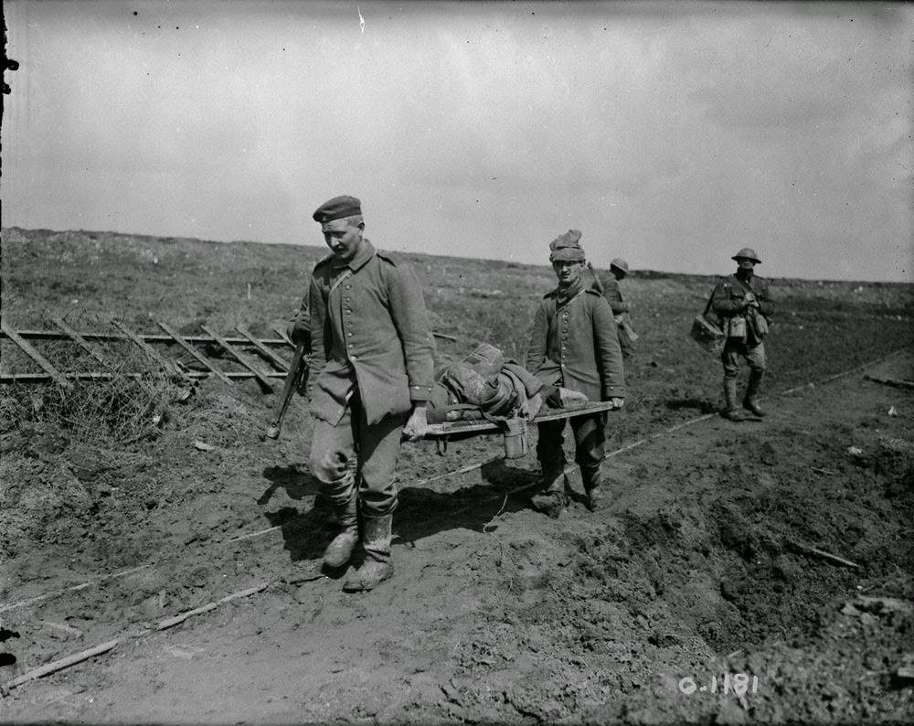Bringing in our wounded Vimy Ridge April 1917