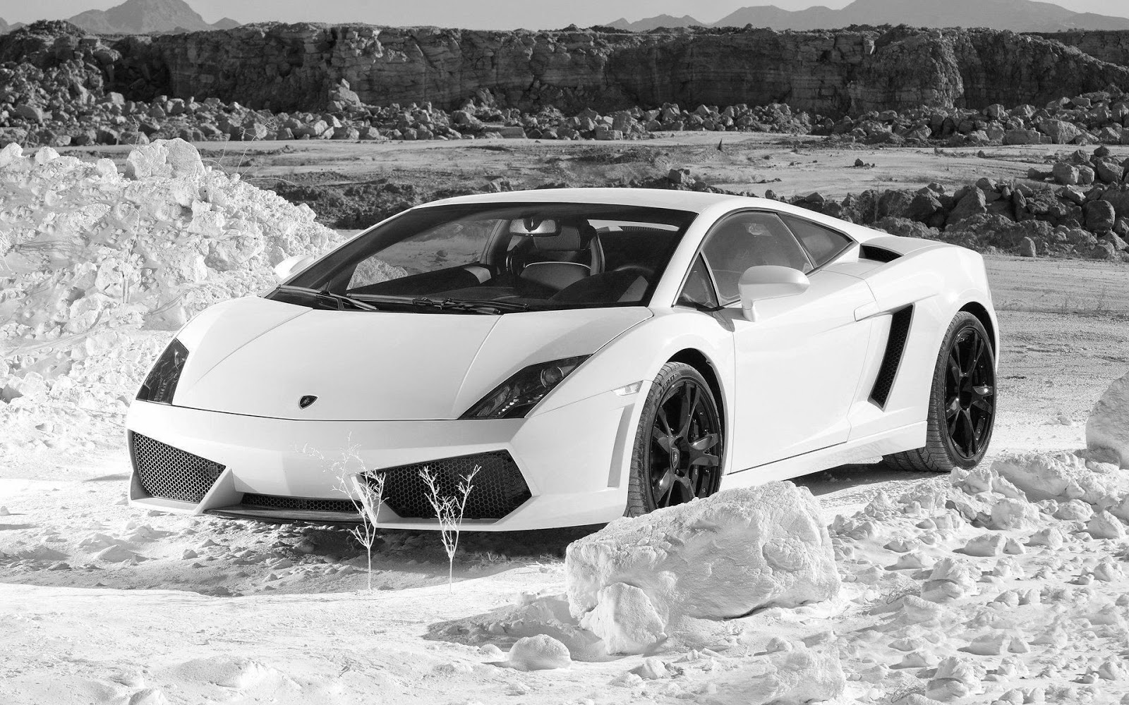 http://www.autocarsinfo.com/2015/01/lamborghini-gallardo-lp-560-4-best.html