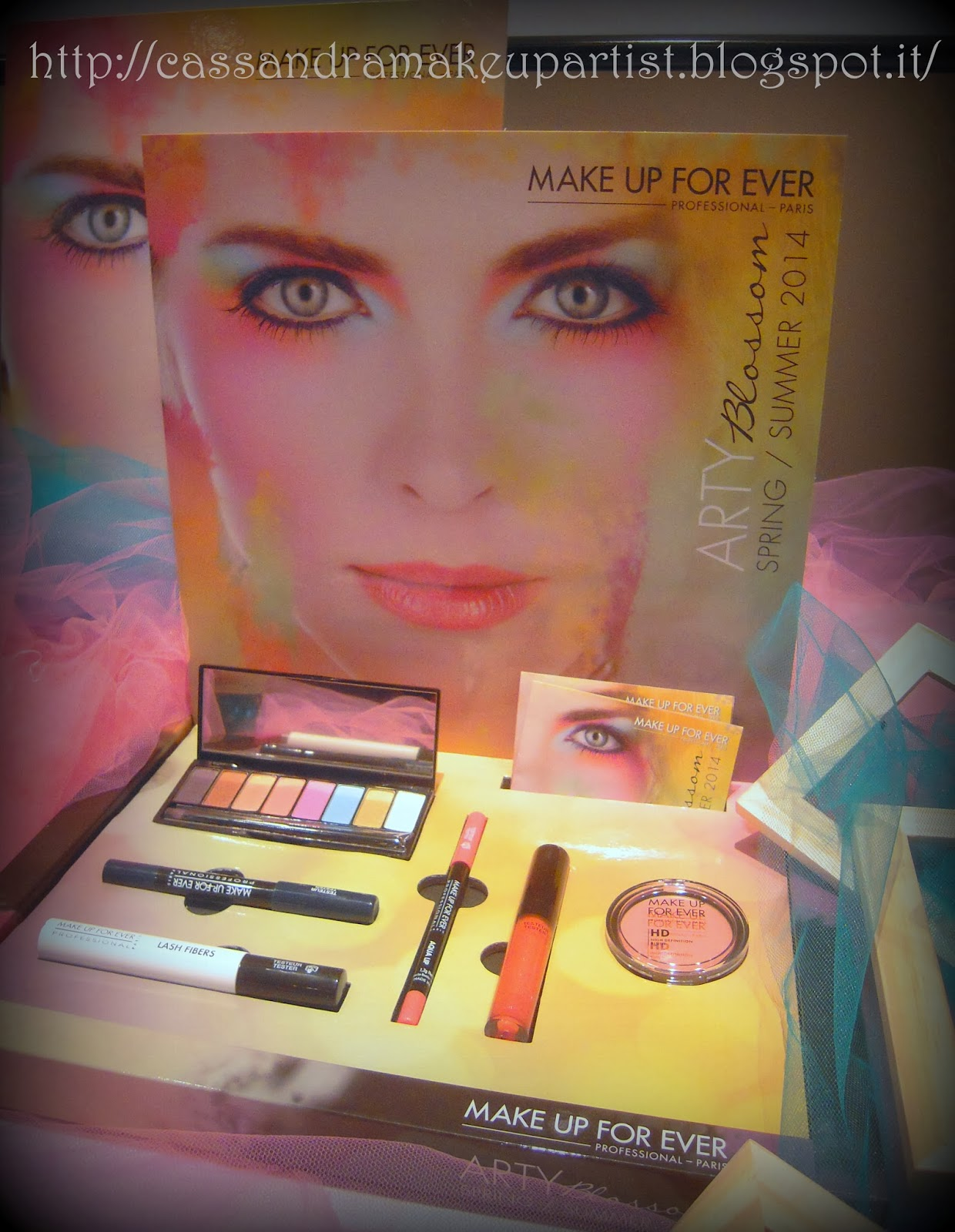 MAKE UP FOR EVER - ARTY BLOSSOM - presentazione new nuovo look primavera estate spring summer ss 2014 - nuova HD pressed POWDER - nuovo HD compact BLUSH - AQUA MATIC - review recensione - la truccheria bologna - rouge artist palette