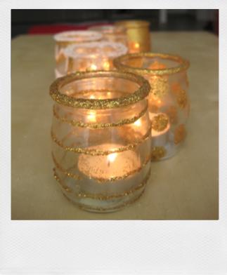 Les poup es rus es les photophores toil s for Combricolage avec pot en verre