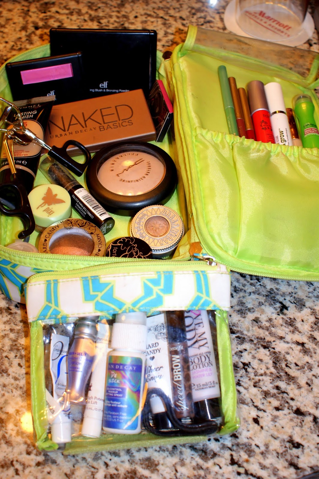What's in my travel makeup bag? – The Mommy Beauty Blog