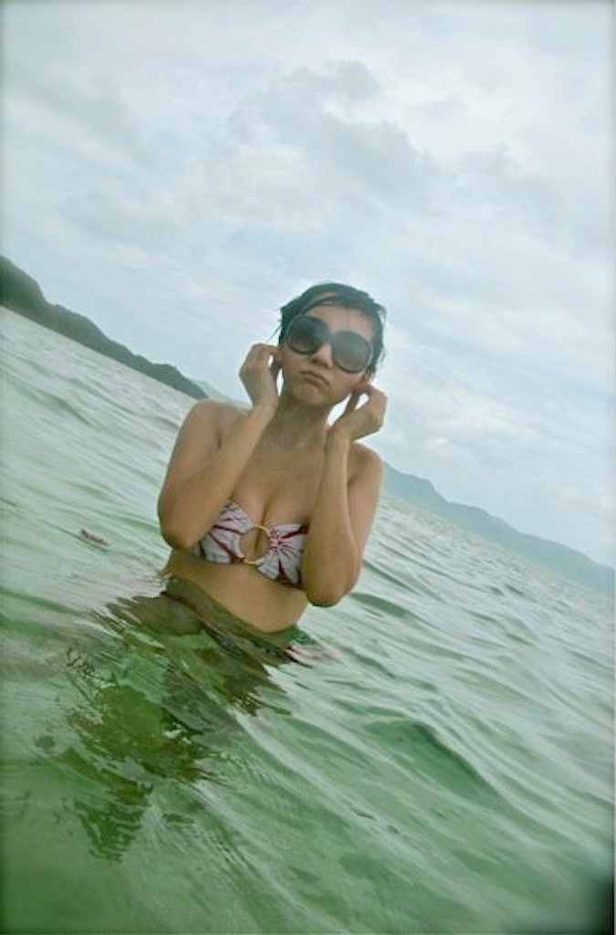 sexy filipina naked in the beach 1