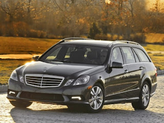 2011 Mercedes-Benz E350 4Matic Wagon Front View