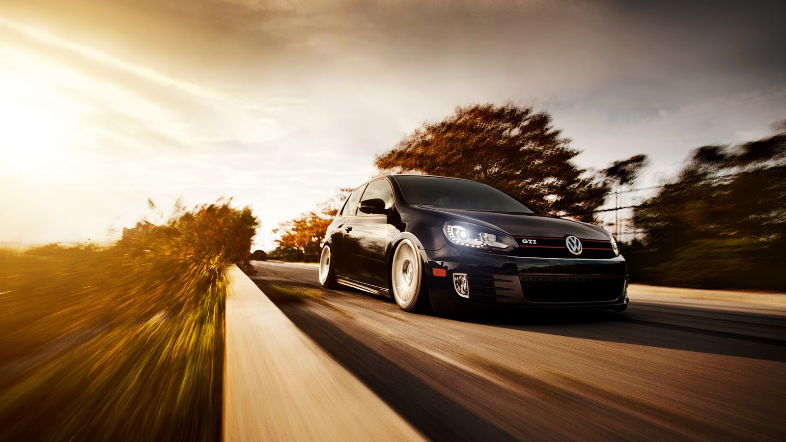 Volkswagen Golf GTI Black