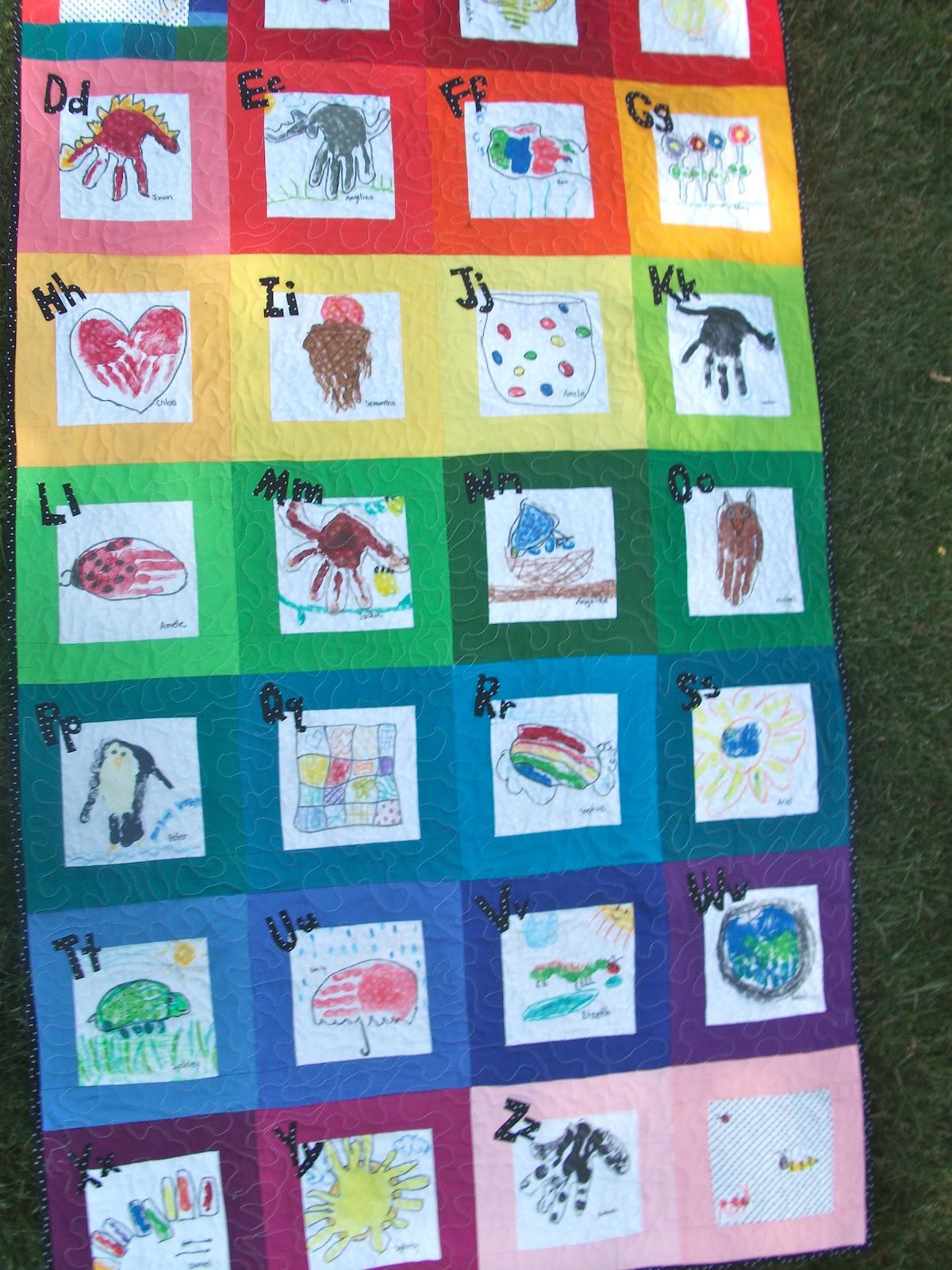 Quilt Patterns For Kindergarten : A Moment of Whimsy: Kindergarten Handprint ABC Quilt