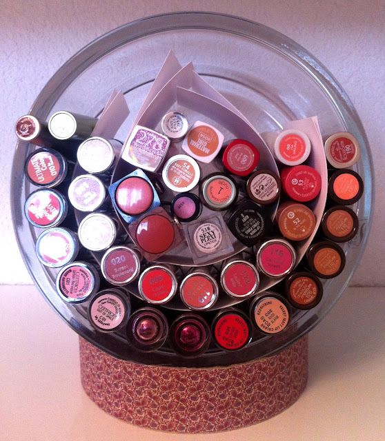sabrina 39 s make up diary aufbewahrung von lippenstiften. Black Bedroom Furniture Sets. Home Design Ideas