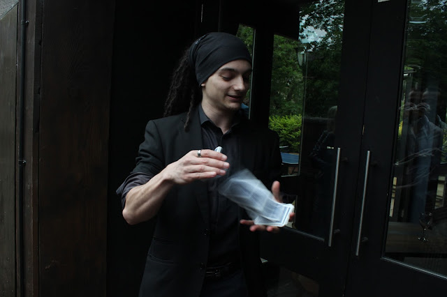 Magician at Slate bar Leeds