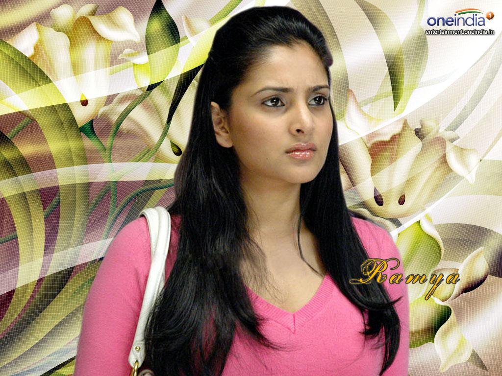 http://1.bp.blogspot.com/-vRPcHadezoo/Tl-jpeknaXI/AAAAAAAAAWE/6xqDNMF5rrQ/s1600/Actress-Ramya-Dasing-Wallpaper.JPG