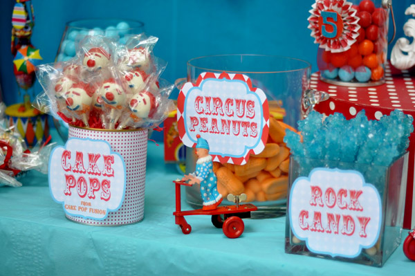 Food Truck Scooby Doo >> Carnival Birthday Cake Ideas and Designs