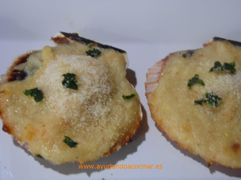 Ayudando a cocinar mini vieiras gratinadas for Cocinar vieiras