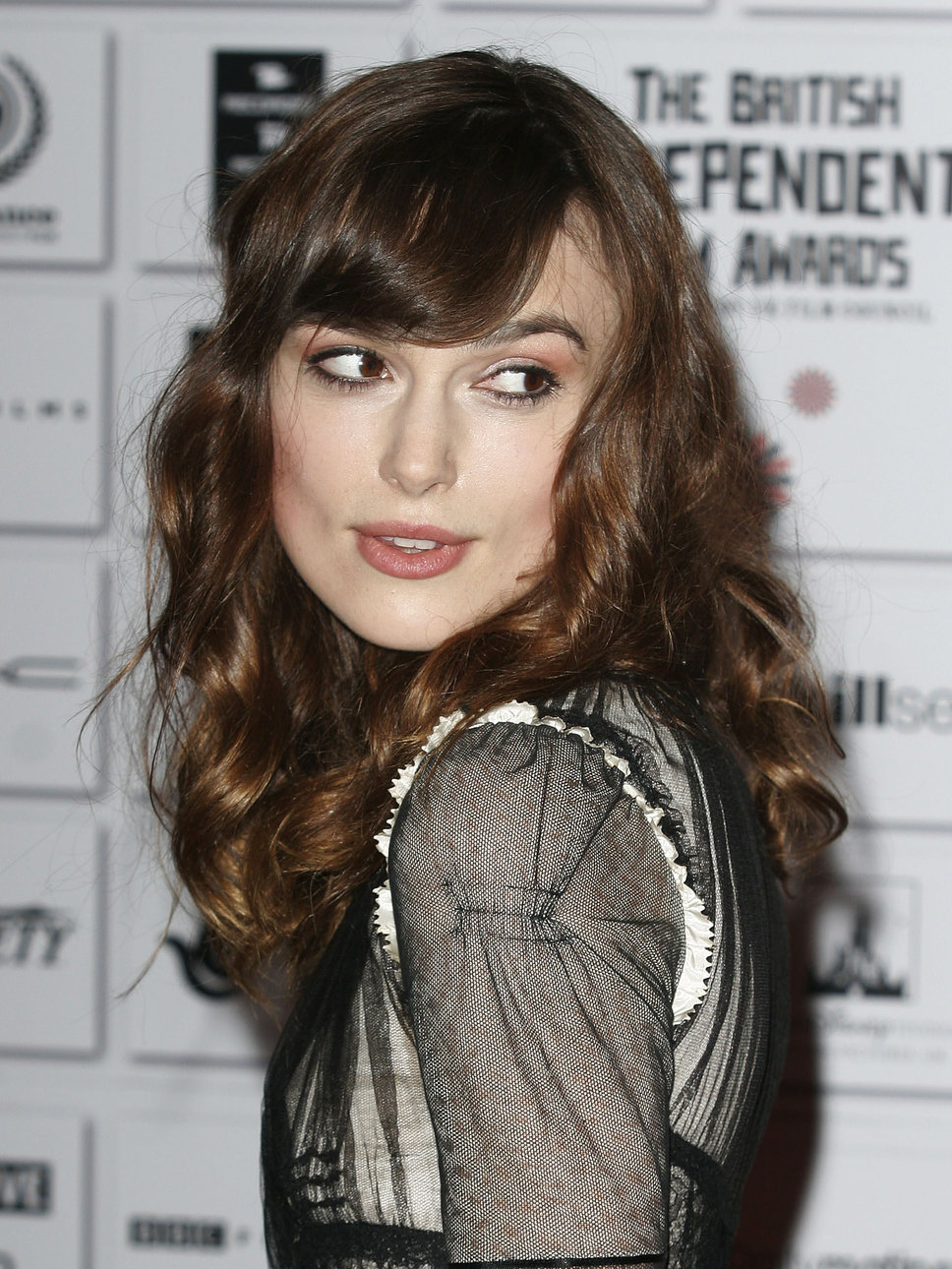 Keira Knightley Hairstyle – HairstyleStyle.com