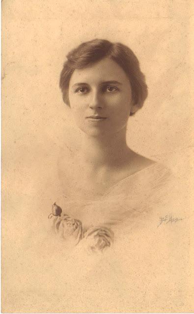 """Inez Minerva """"Sissy"""" Herrington"""
