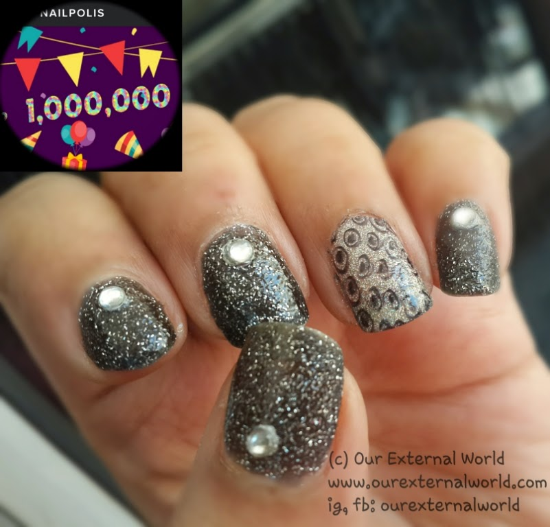 Easy Party Nail Art - Black And Silver Glitter Nails - Party Nail Art - Black And Silver Glitter Nails