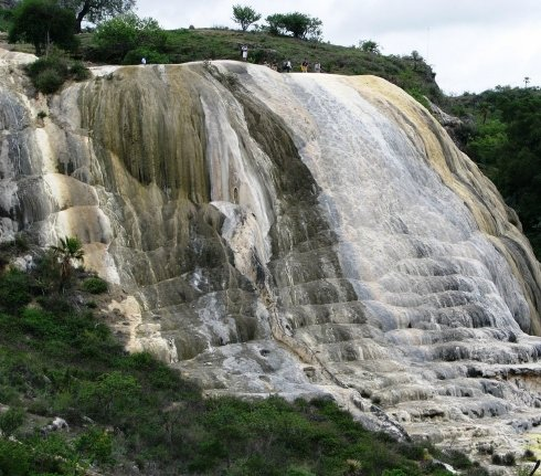 www.viajesyturismo.com.co 490 x 431