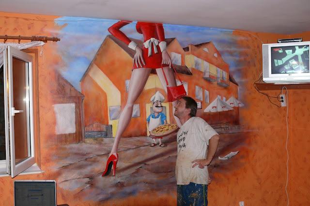 Aranżacja pizzeri malowanie obrazu na ścianie, dekoracja ściany pizzerii