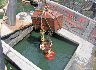 Pirate's Lair skeleton Disneyland Tom Sawyer Island chest