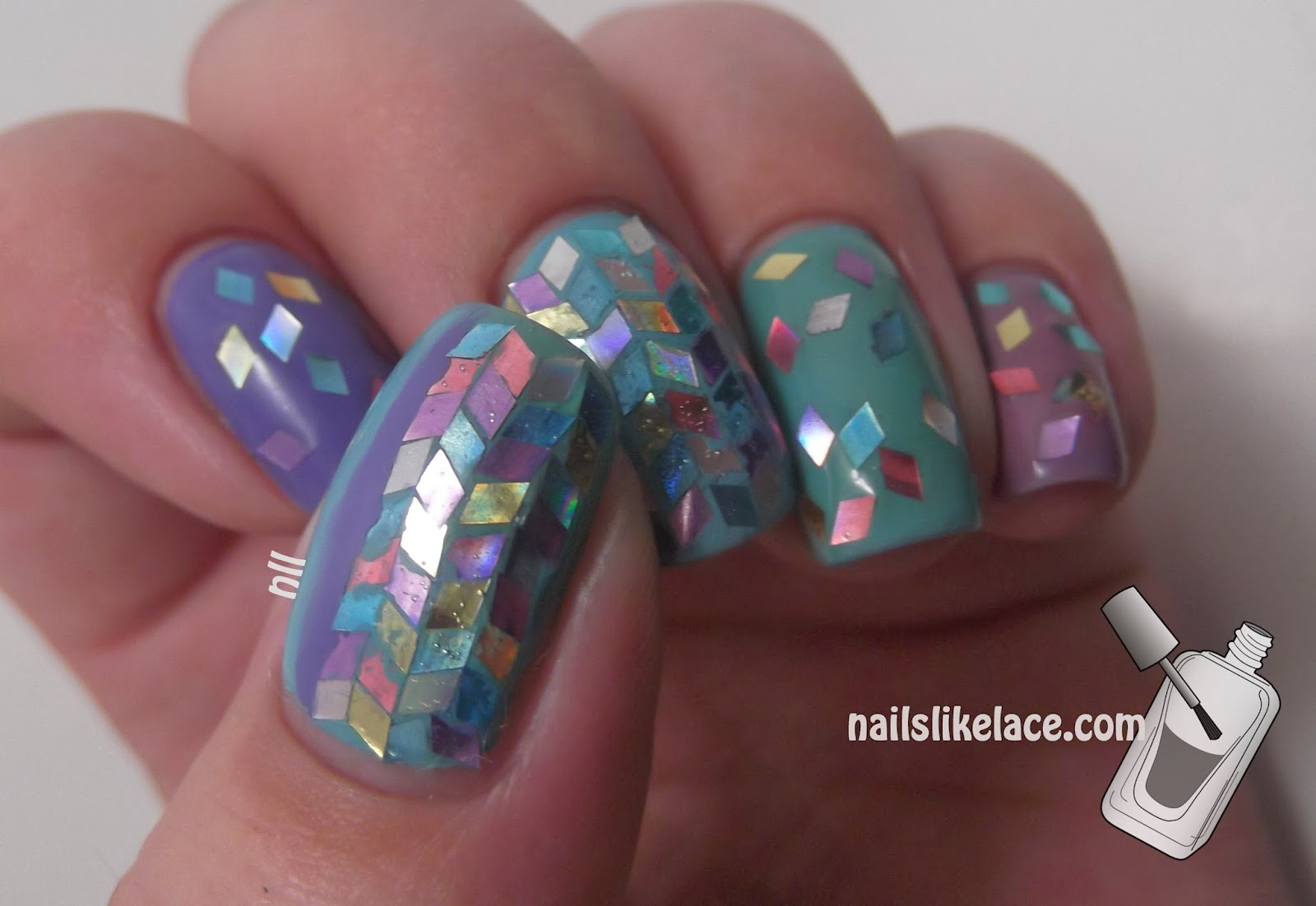 NailsLikeLace: Diamond Glitter Placement - Untriedicure #3