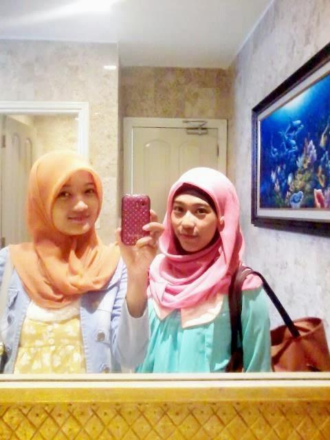 Kumpulan Foto Mahasiswi Berjilbab Cantik Sensual