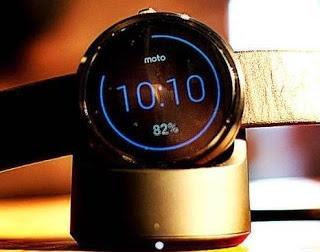O smartwatch Motorola Moto G funciona conectado, via Bluetooth, a um smartphone com Android