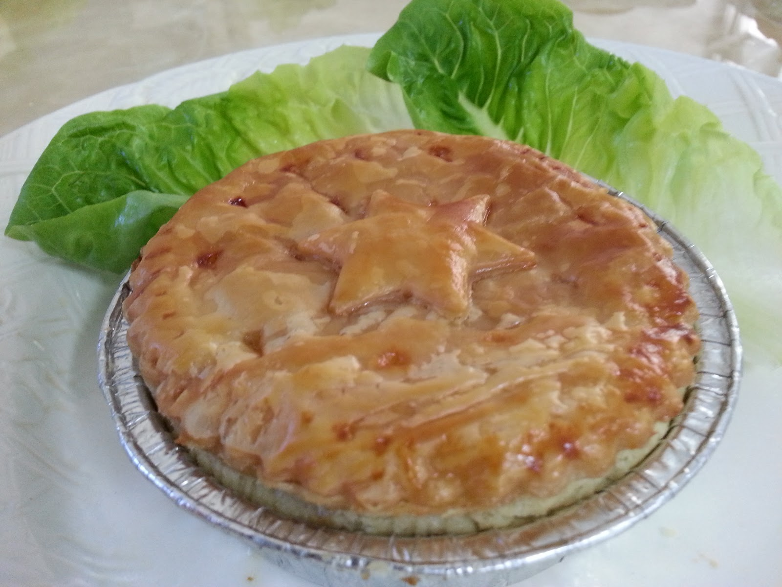 Savoury Pie ( Choice of Traditional Beef or Straits Nyonya Chicken)