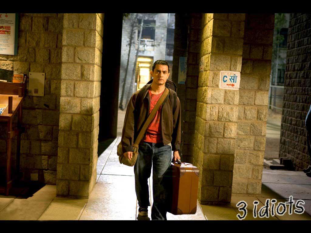 Aamir Khan 3 Idiots Wallpapers