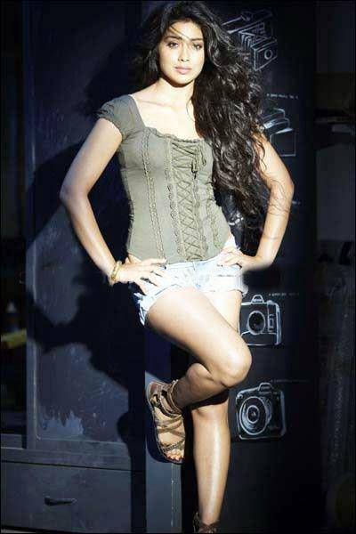 Beautiful Shriya Saran Photoshoot