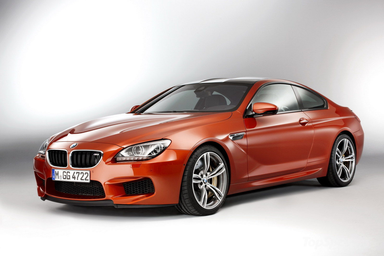 auto 2013 BMW M6 Coupe