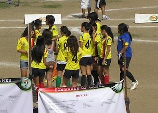"""Die Mädchenmannschaft - (k)ein """"Hühnerhaufen"""""""