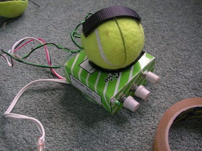 Creative and Cool Ways To Reuse Old Tennis Balls (30) 7