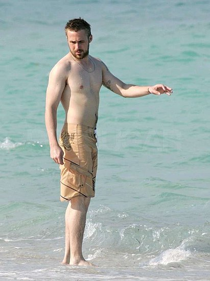 Latest Hollywood Hottest Wallpapers: Ryan Gosling Body