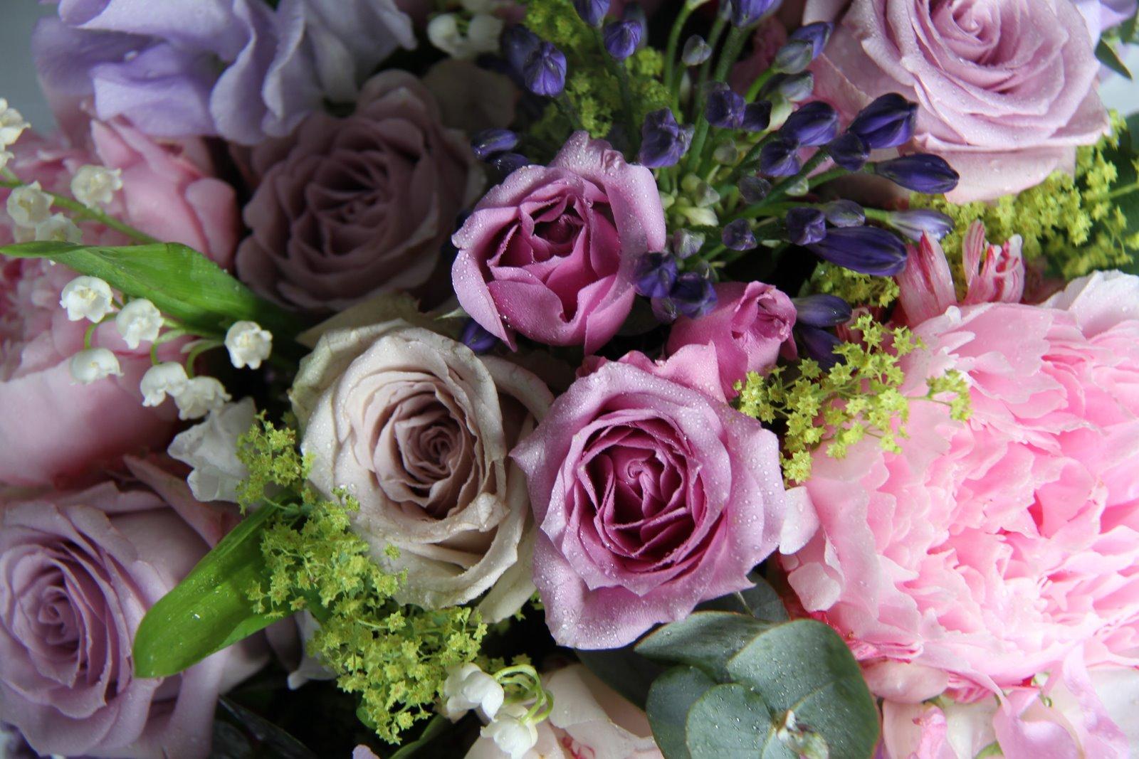 the flower magician dreamy english summer wedding bouquet