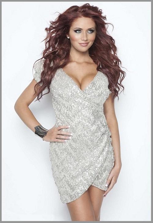 http://1.bp.blogspot.com/-vTwIjCbNLys/TrBW7T24bzI/AAAAAAAABSE/1qB4q7k3Dt0/s1600/Amy+Childs+Ex+TOWIE+star%2527s+Like+Dresses+-0.jpg