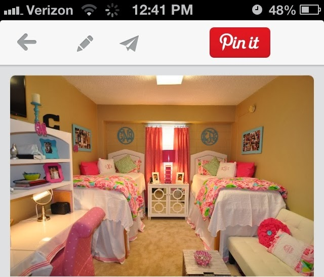Dorm Room Designer