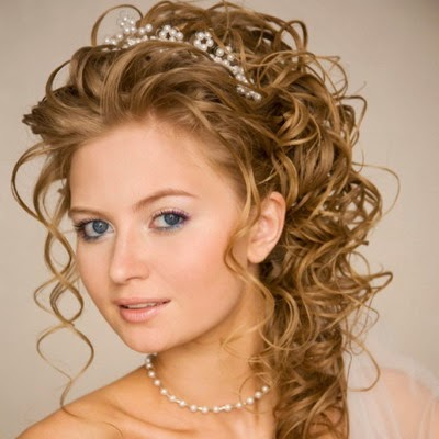 Tips When Doing Your Prom Hairstyles