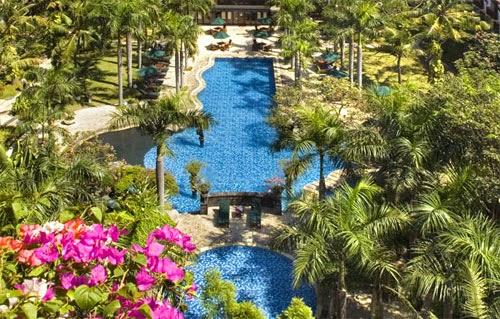 Novotel Surabaya Hotel & Suites