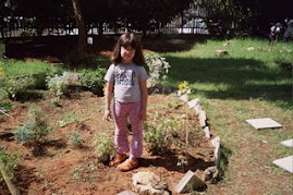 ילדי הגן בגינה הלימודית