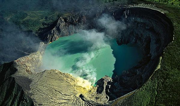 Kawah Ijen dan G Land, Banyuwangi pun Kian Mewangi