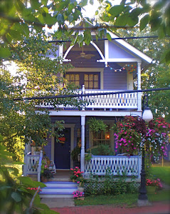 "The lovely Lilac Cottage known as ""Crafton Abbey"""