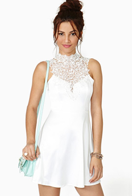 vestidos blancos Little white dress Nasty Gal
