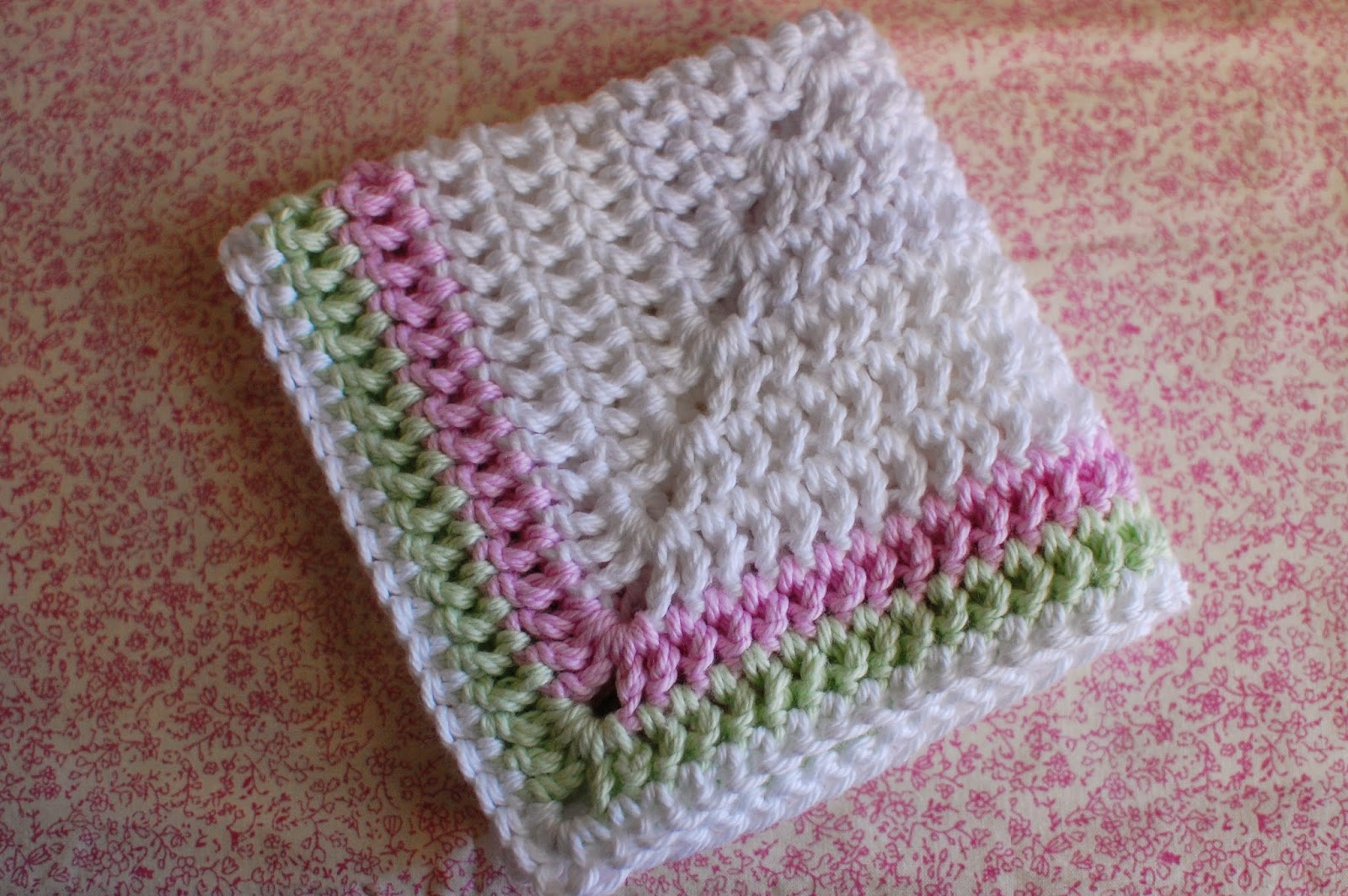 thistlebear: A crocheted facecloth for Mom